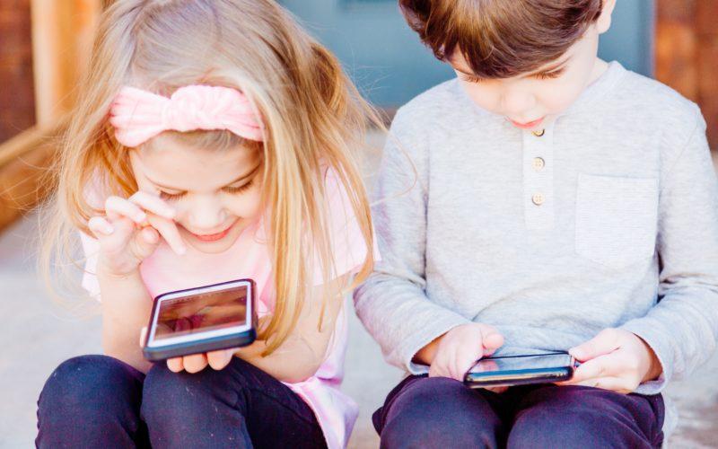 L'uso sano dello smartphone in 4 lettere